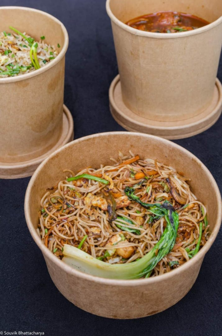Dish,Food,Cuisine,Noodle,Hot dry noodles,Chow mein,Ingredient,Pad thai,Chinese food,Produce