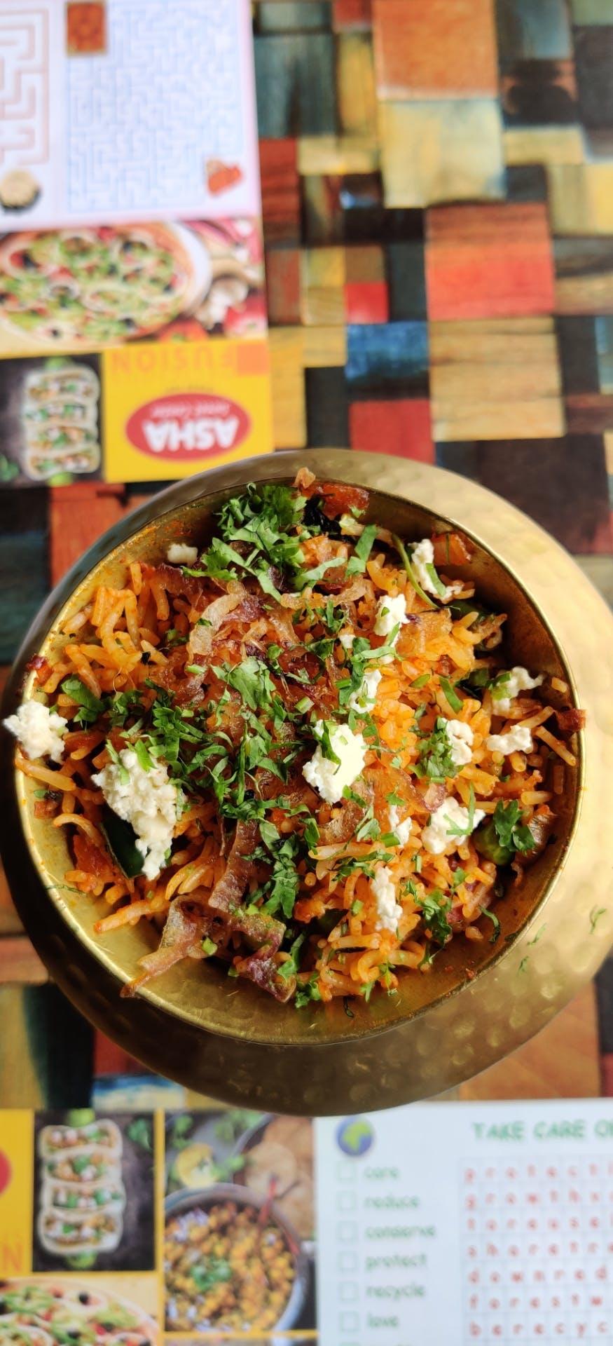 Dish,Cuisine,Food,Biryani,Ingredient,Recipe,Produce,Meat,Side dish,Hyderabadi biriyani