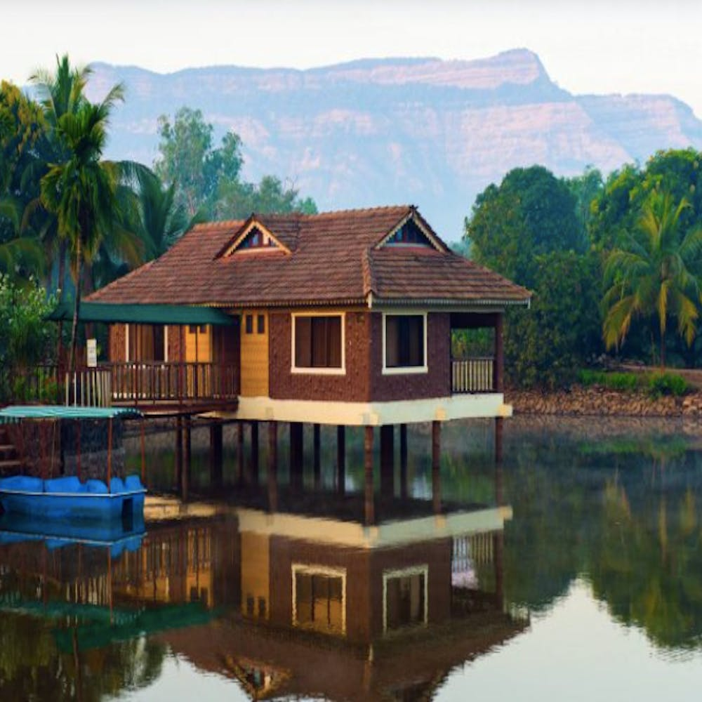 Reflection,House,Building,Home,Hill,Real estate,Bank,Arecales,Rural area,Lake