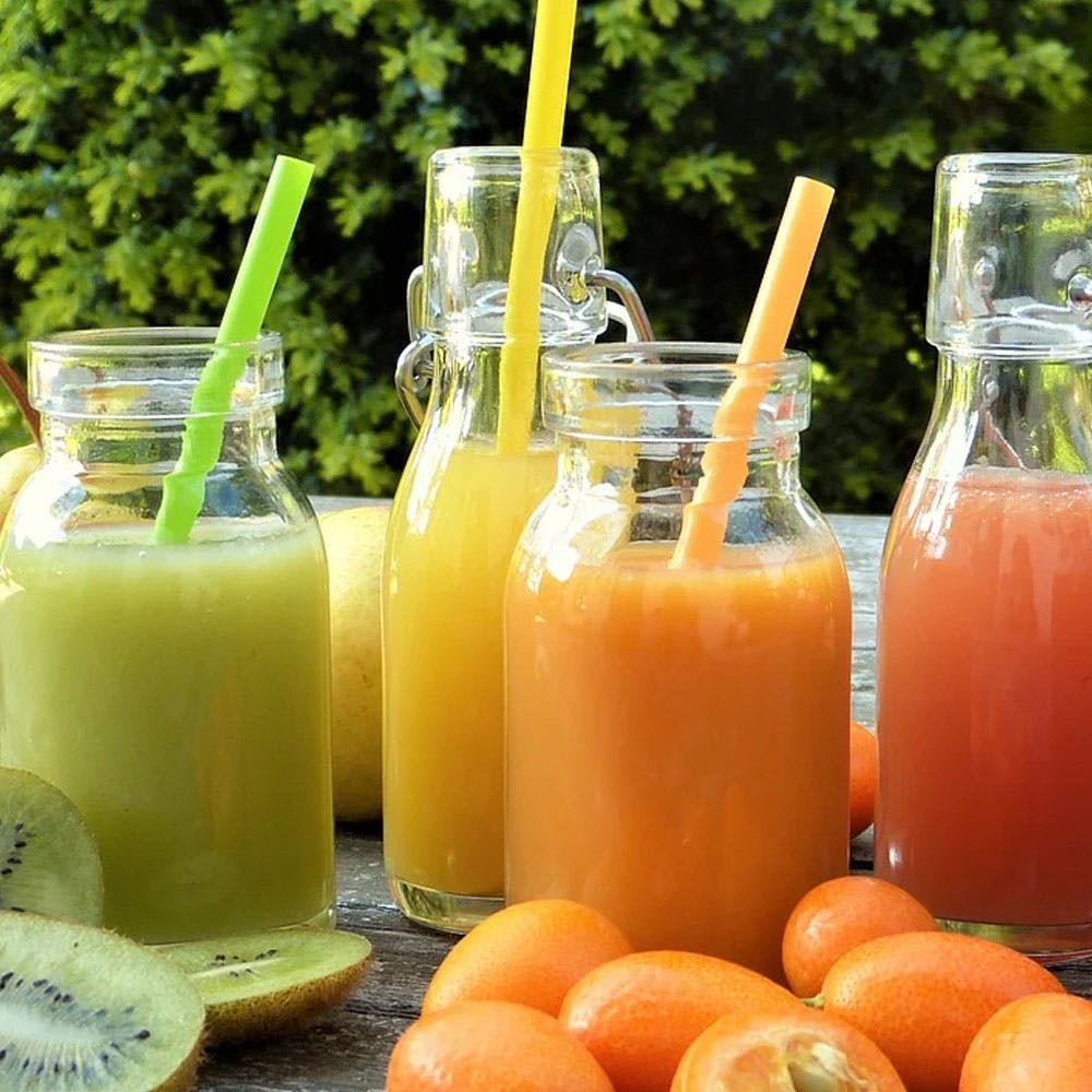 Food,Ingredient,Juice,Drink,Orange,Peach,Tangerine,Mandarin orange,Produce,Drinking straw