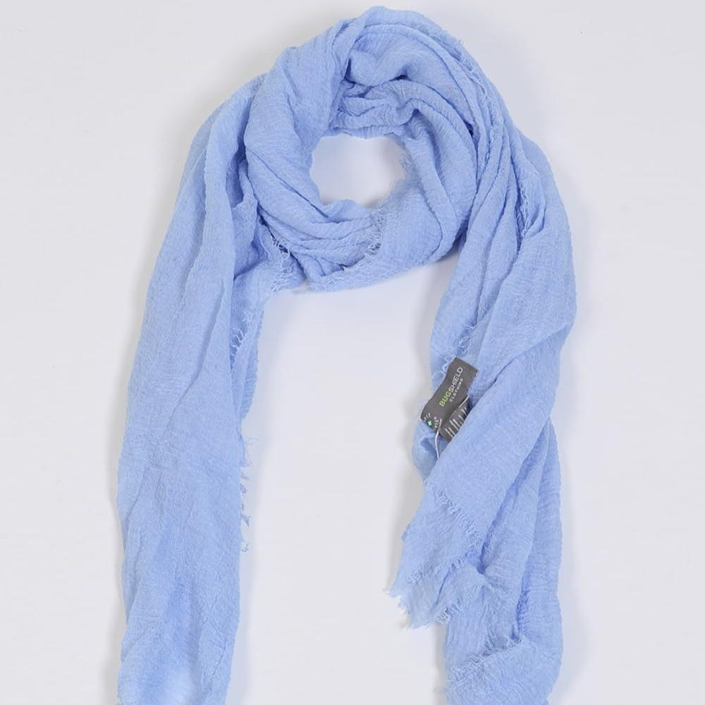 Blue,Wrap,Neck,Textile,Sleeve,Natural material,Stole,Shawl,Electric blue,Pattern