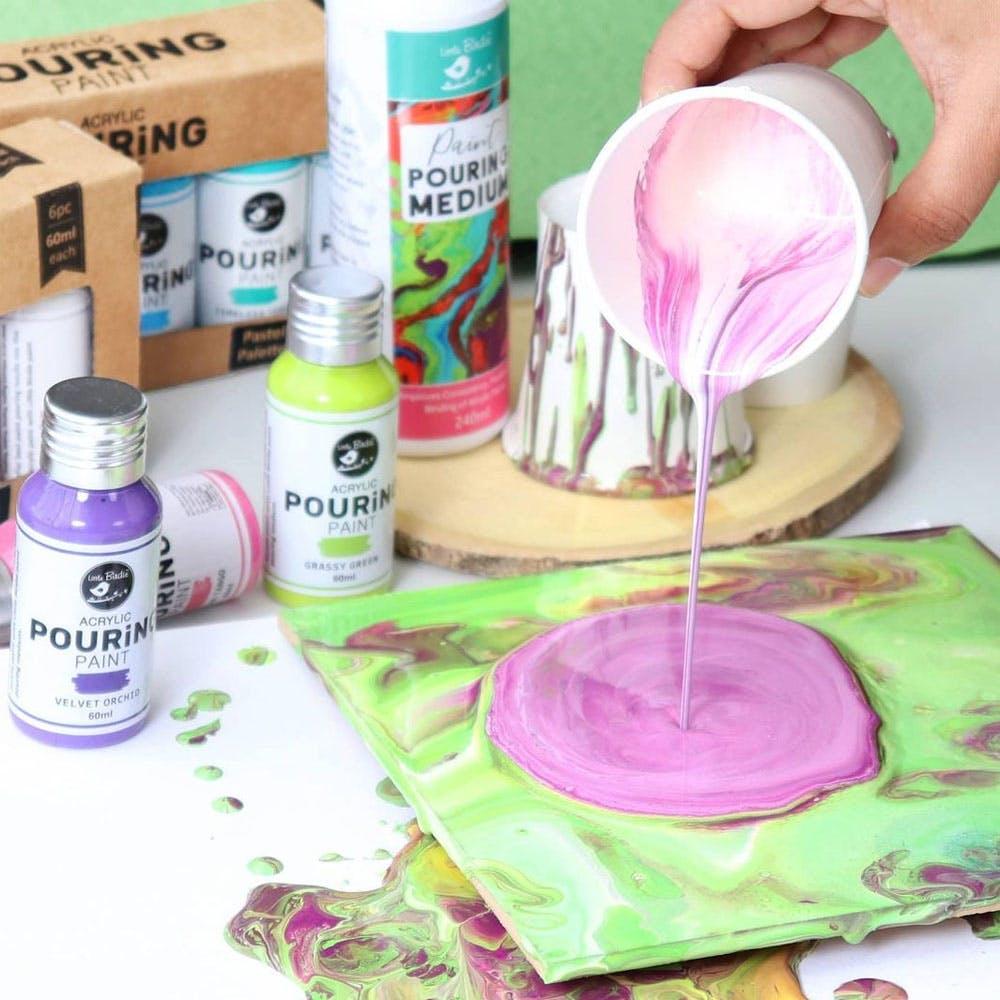 Liquid,Green,Food,Table,Purple,Fluid,Cosmetics,Personal care,Cake decorating supply,Paint