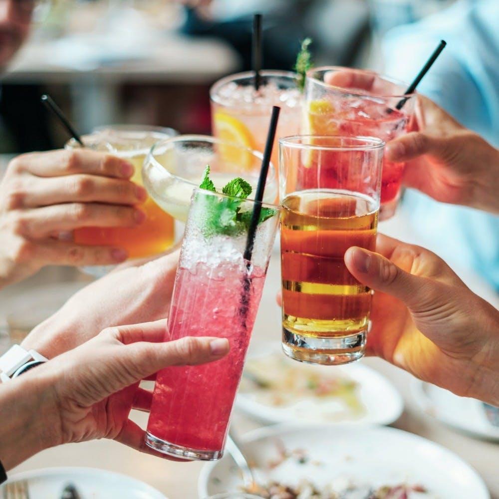 Food,Hand,Tableware,Drinkware,Cocktail,Apéritif,Alcoholic beverage,Ingredient,Drink,Finger