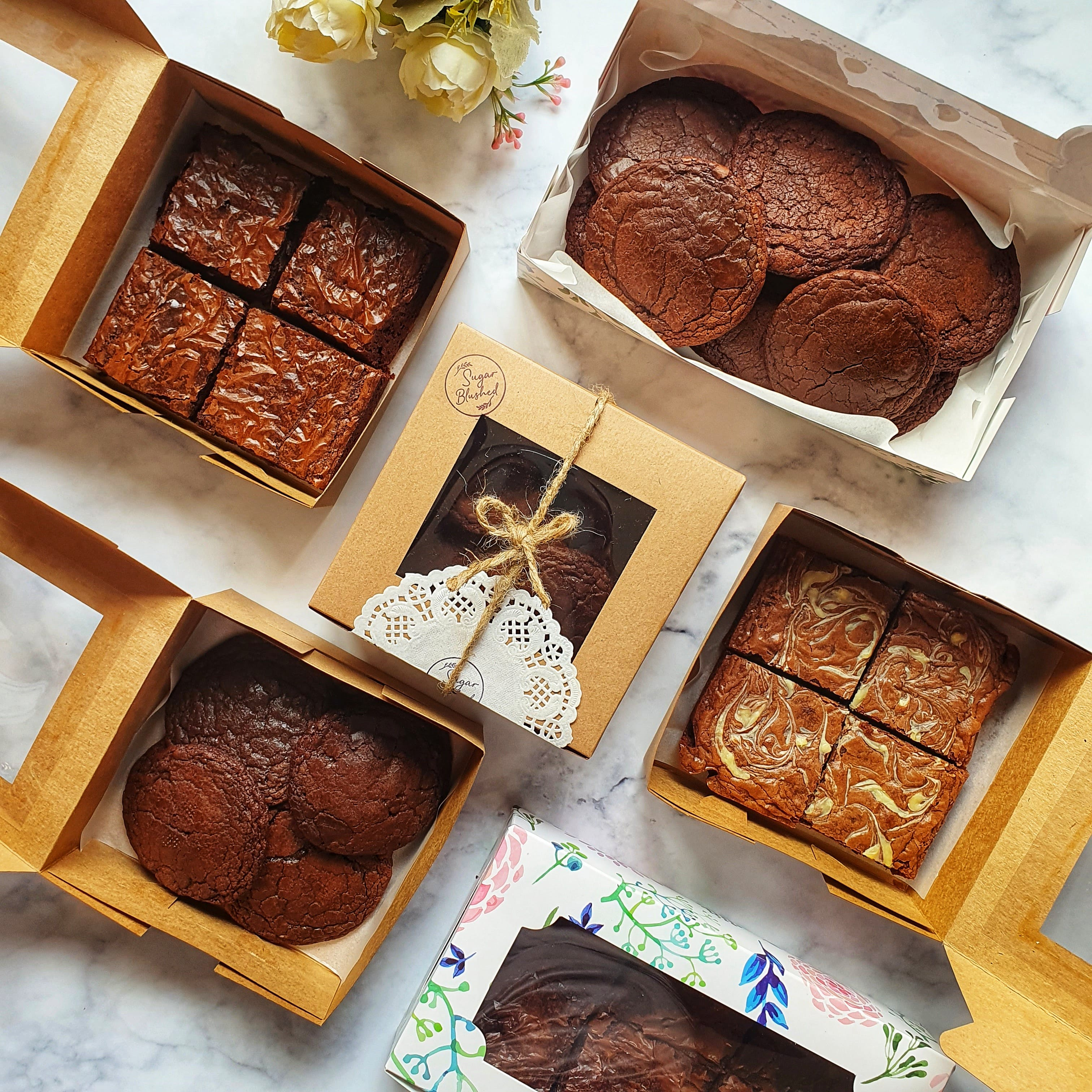 Brown,Food,Ingredient,Recipe,Rectangle,Cuisine,Dish,Cocoa solids,Sweetness,Baked goods