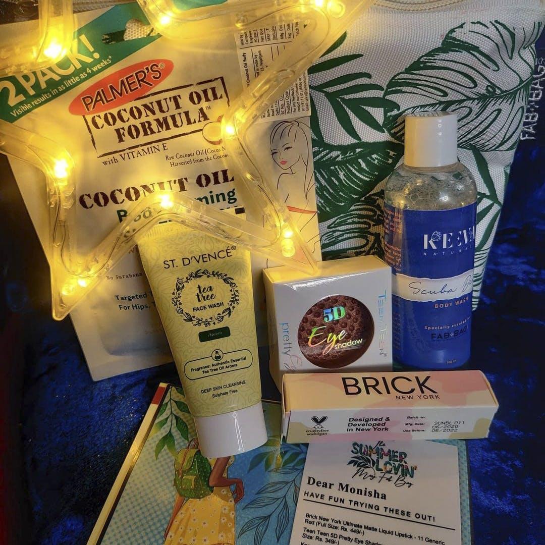 Liquid,Bottle,Product,Solution,Drink,Fluid,Alcoholic beverage,Bottle cap,Glass bottle,Material property
