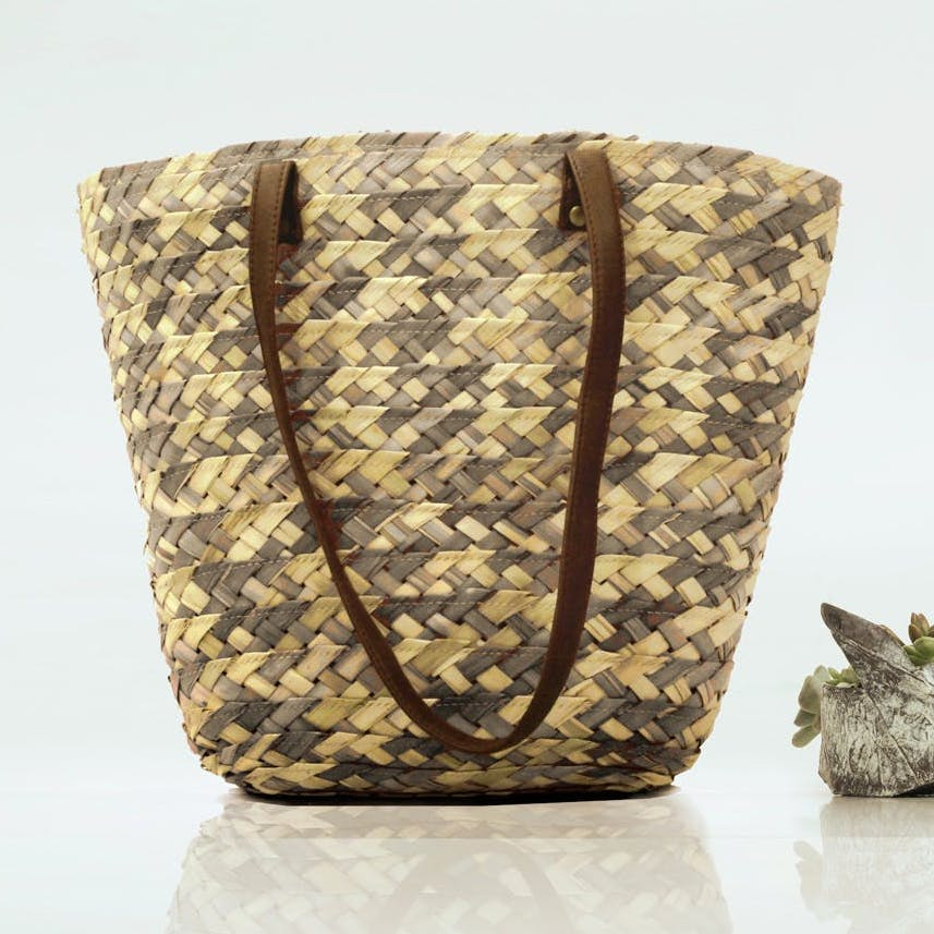 Woven Textured Palm Leaf Bag