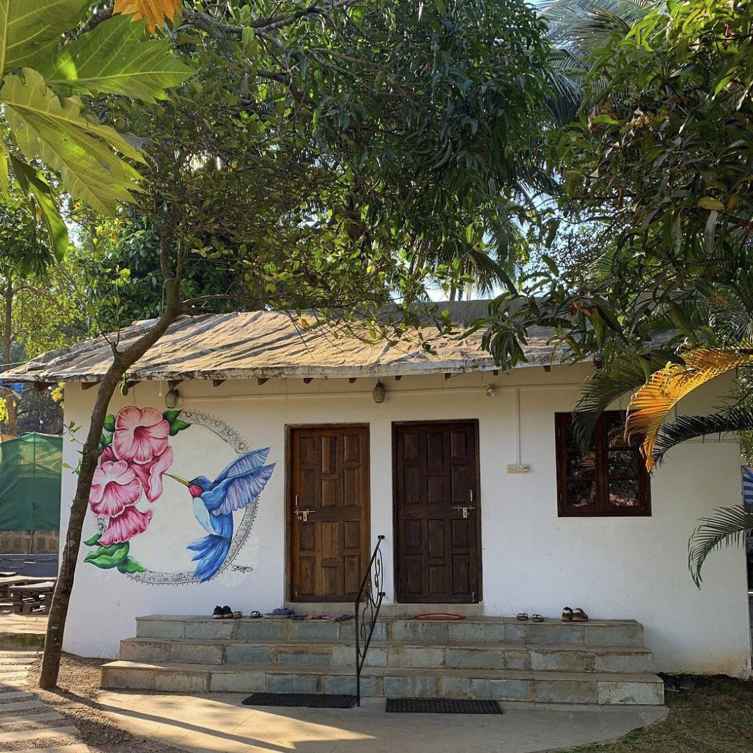 Planning A Budget Goa Trip? Stay At These Hostels!
